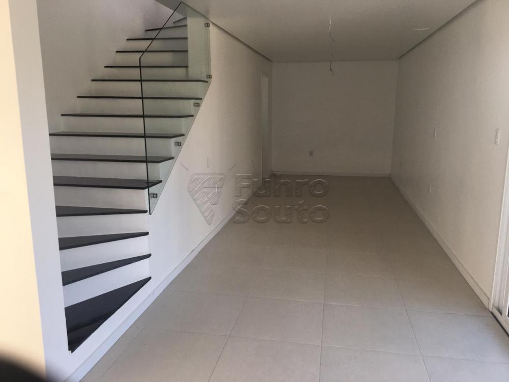 Comprar Casa / Padrão em Pelotas R$ 426.000,00 - Foto 7