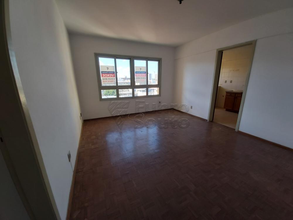 Comprar Apartamento / Padrão em Pelotas R$ 180.000,00 - Foto 4