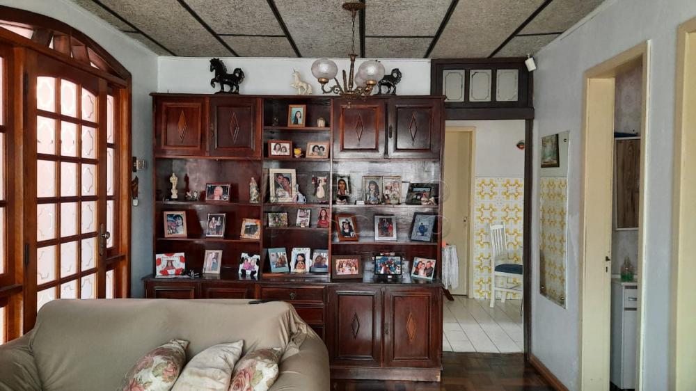 Comprar Casa / Padrão em Pelotas R$ 290.000,00 - Foto 1