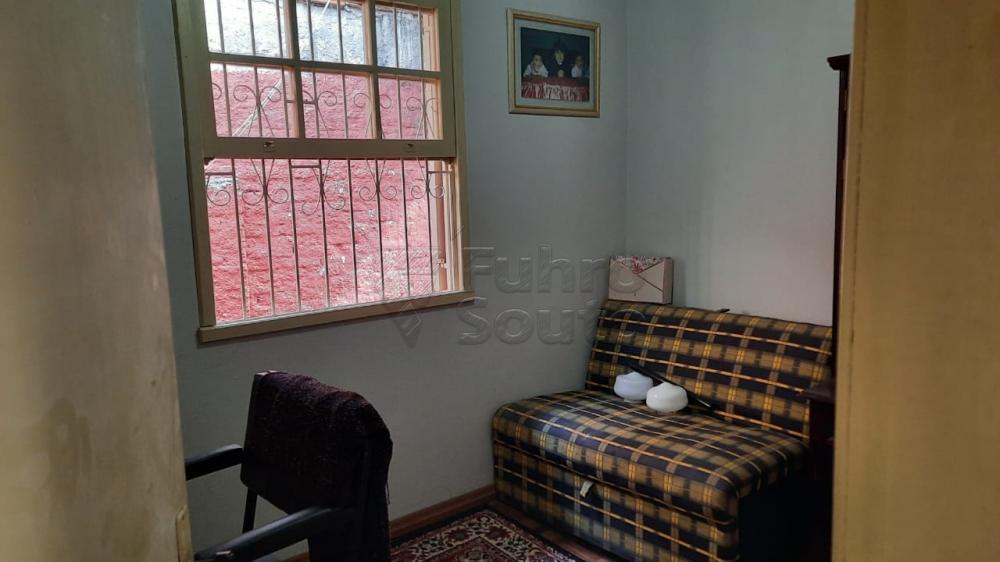 Comprar Casa / Padrão em Pelotas R$ 290.000,00 - Foto 5