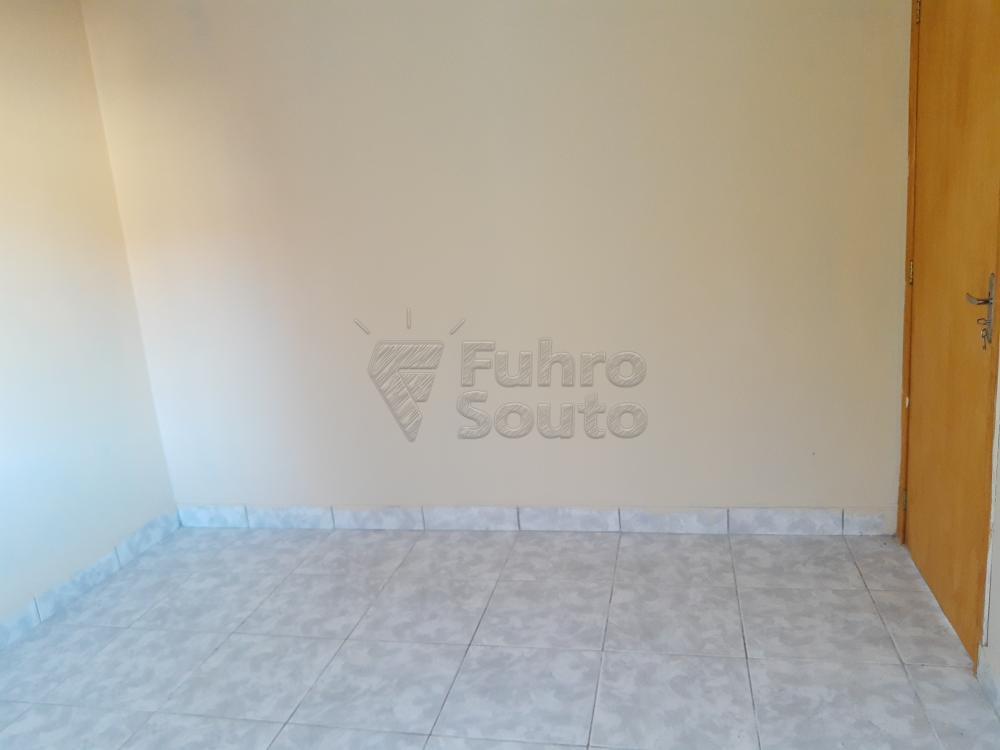 Alugar Casa / Padrão em Pelotas R$ 790,00 - Foto 11