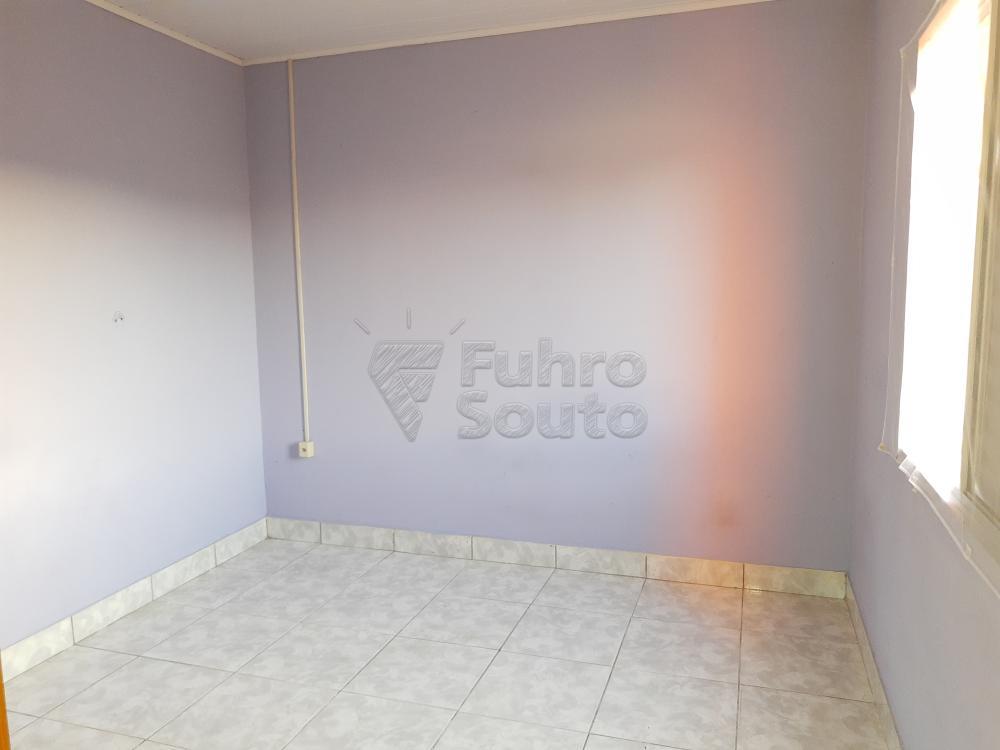 Alugar Casa / Padrão em Pelotas R$ 790,00 - Foto 12