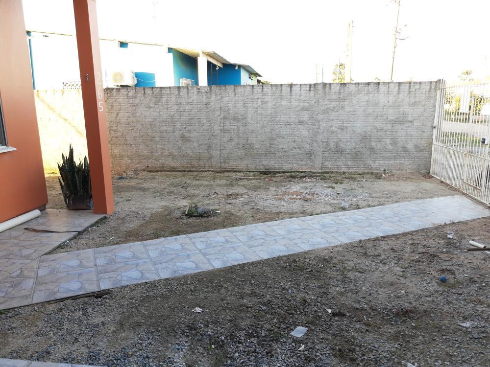 Alugar Casa / Padrão em Pelotas R$ 790,00 - Foto 21