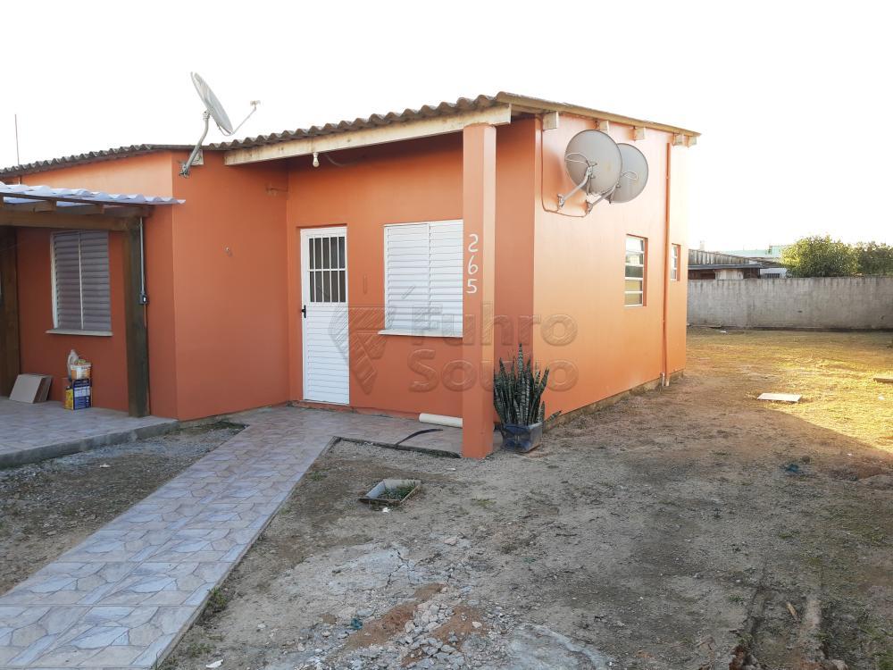Alugar Casa / Padrão em Pelotas R$ 790,00 - Foto 3