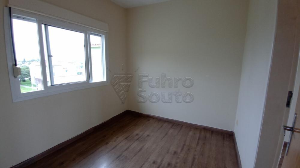 Comprar Apartamento / Padrão em Pelotas R$ 128.000,00 - Foto 5
