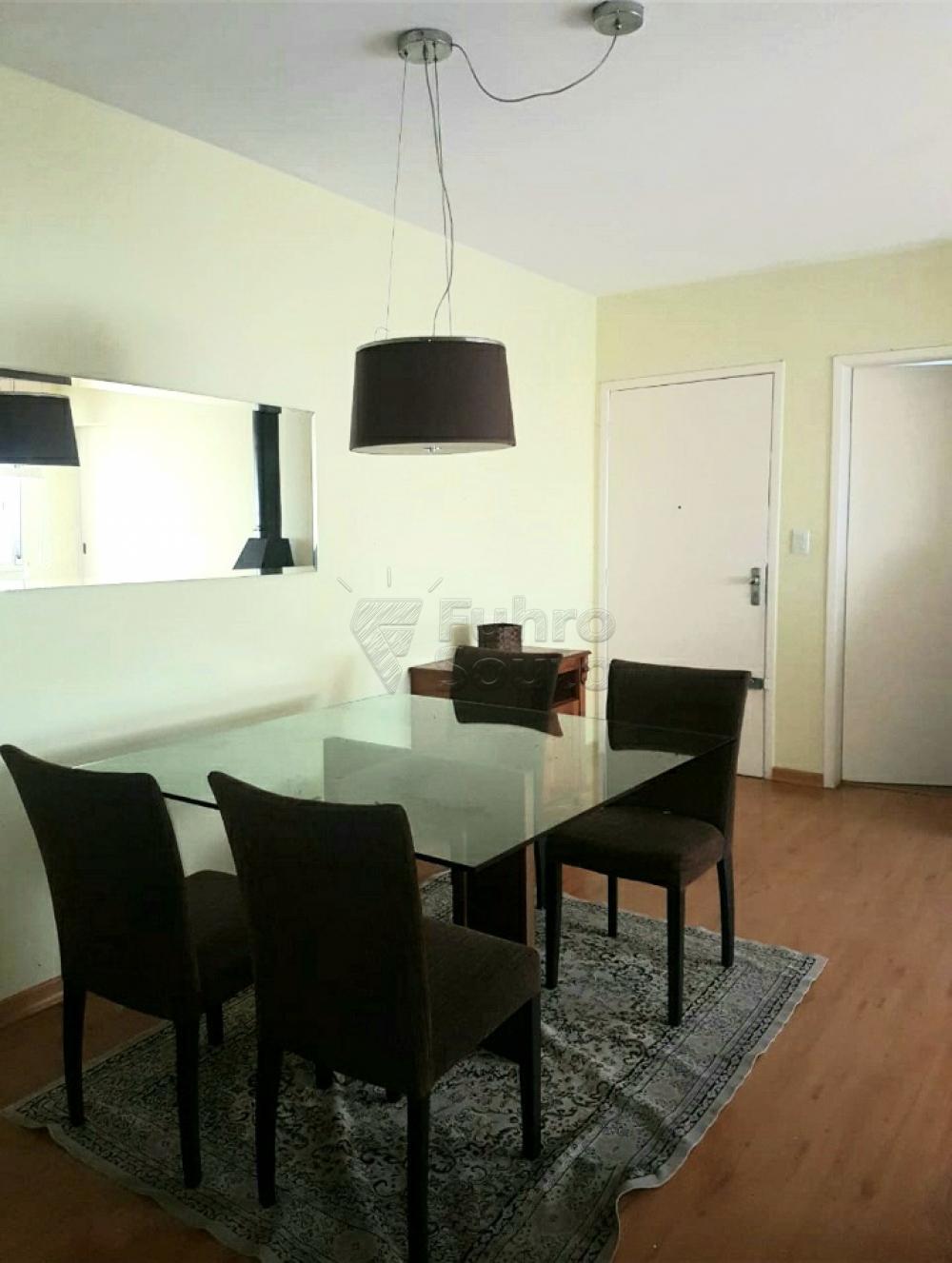 Comprar Apartamento / Padrão em Pelotas R$ 320.000,00 - Foto 2