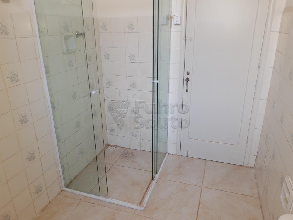 Alugar Apartamento / Fora de Condomínio em Pelotas R$ 980,00 - Foto 20