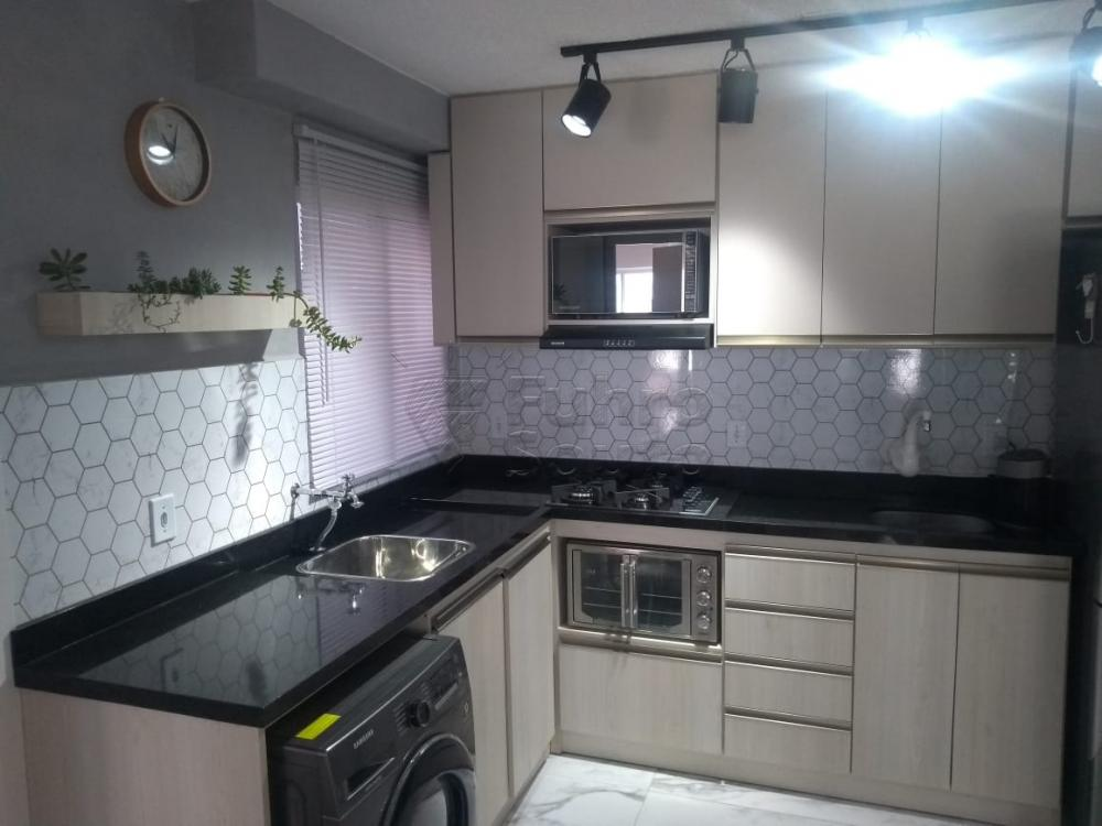 Comprar Apartamento / Padrão em Pelotas R$ 150.000,00 - Foto 7