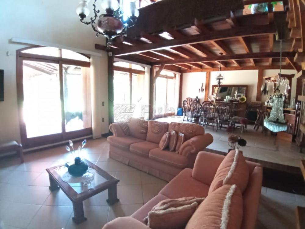 Comprar Casa / Padrão em Pelotas R$ 920.000,00 - Foto 2
