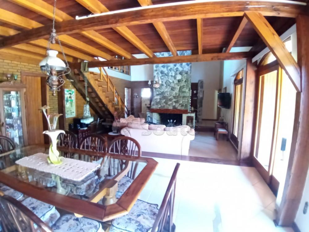 Comprar Casa / Padrão em Pelotas R$ 920.000,00 - Foto 3