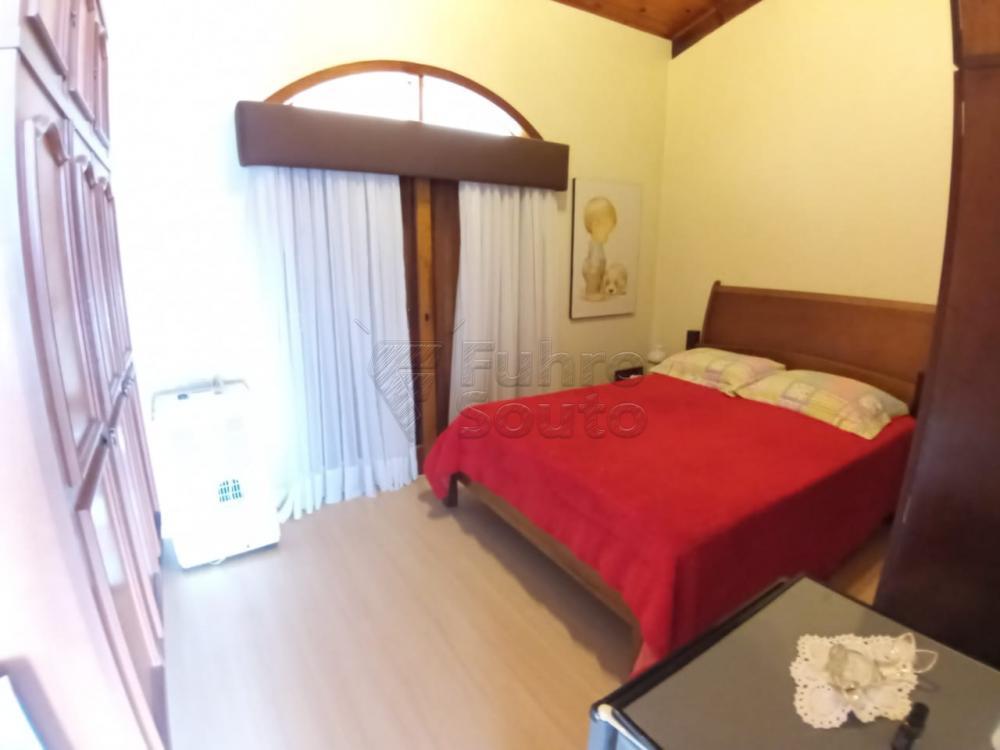 Comprar Casa / Padrão em Pelotas R$ 920.000,00 - Foto 16