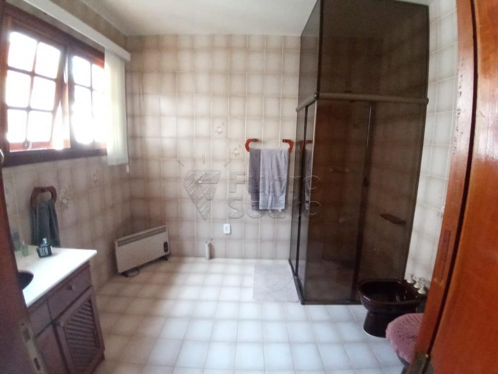 Comprar Casa / Padrão em Pelotas R$ 920.000,00 - Foto 18