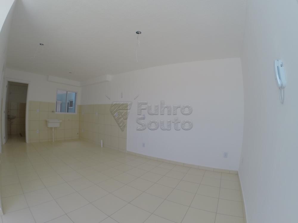 Comprar Apartamento / Padrão em Pelotas R$ 120.000,00 - Foto 3