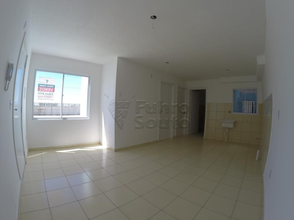 Comprar Apartamento / Padrão em Pelotas R$ 120.000,00 - Foto 21