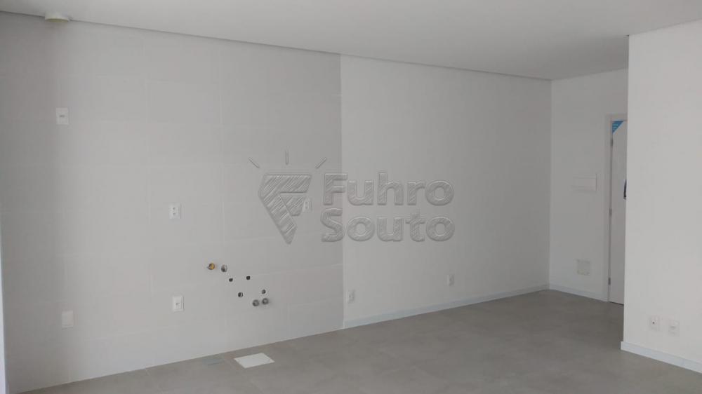 Comprar Apartamento / Loft / Studio em Pelotas R$ 270.000,00 - Foto 6