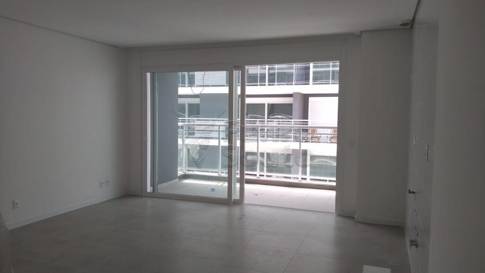 Comprar Apartamento / Loft / Studio em Pelotas R$ 270.000,00 - Foto 7
