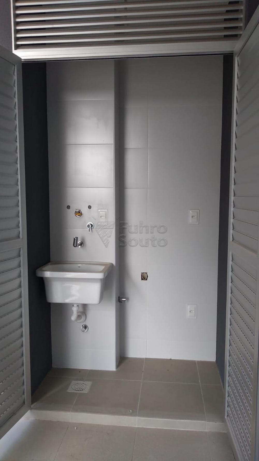Comprar Apartamento / Loft / Studio em Pelotas R$ 270.000,00 - Foto 12