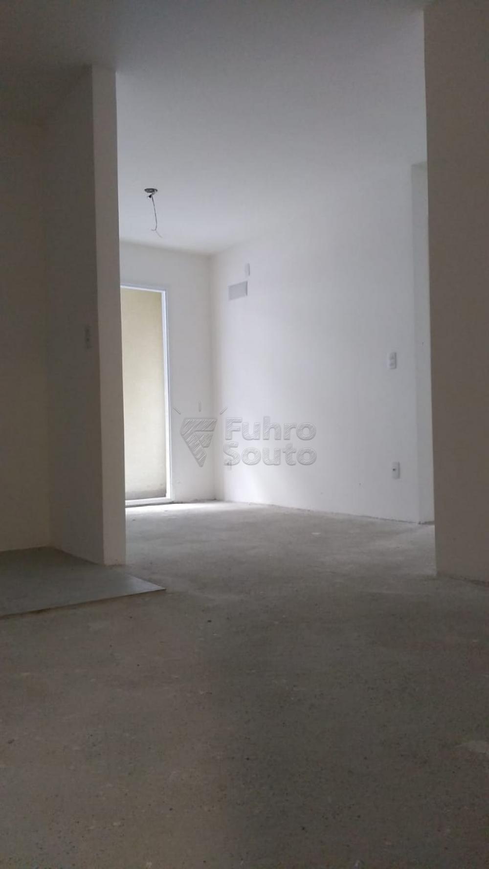 Comprar Apartamento / Padrão em Pelotas R$ 270.000,00 - Foto 9