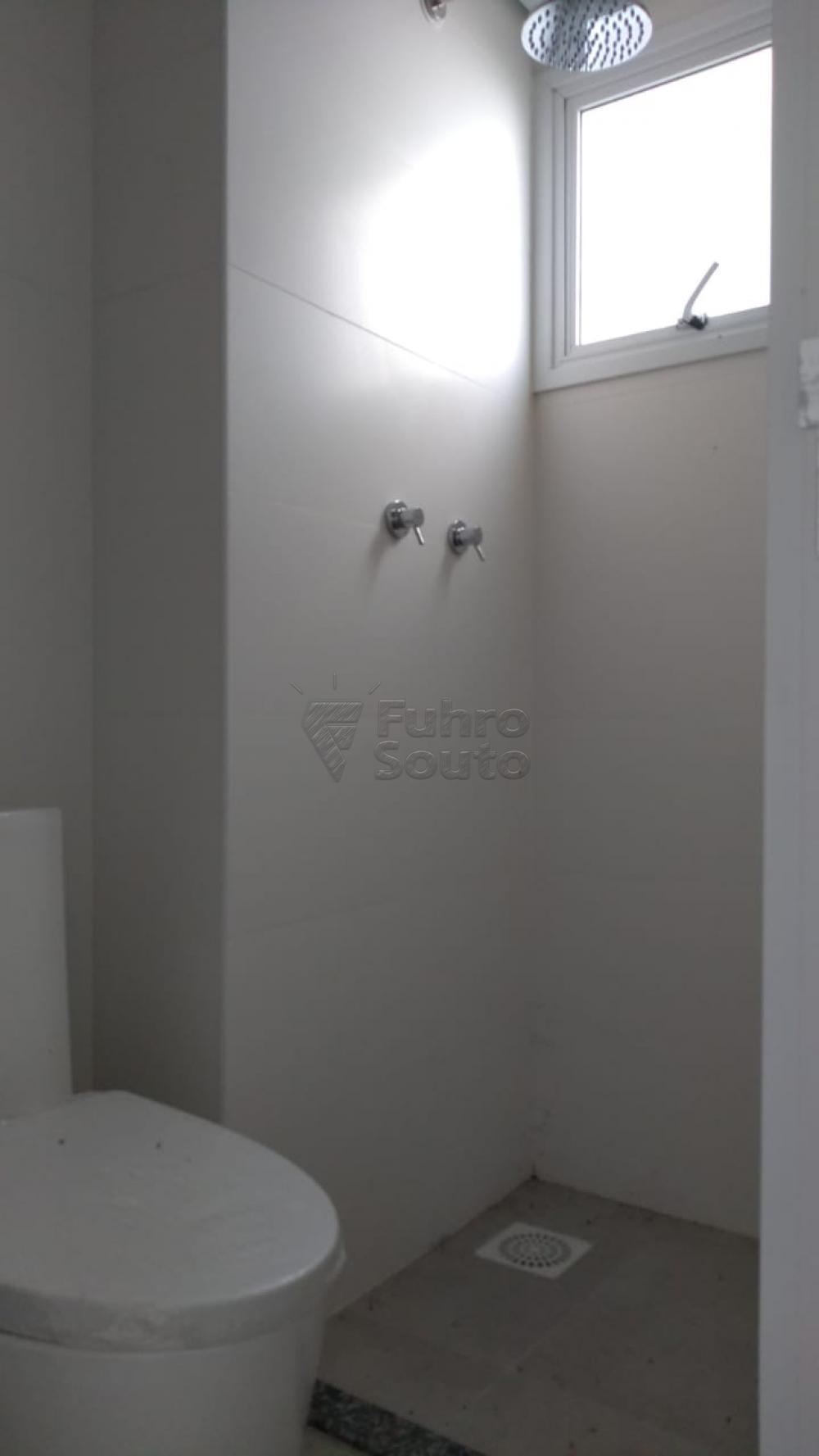 Comprar Apartamento / Padrão em Pelotas R$ 270.000,00 - Foto 12