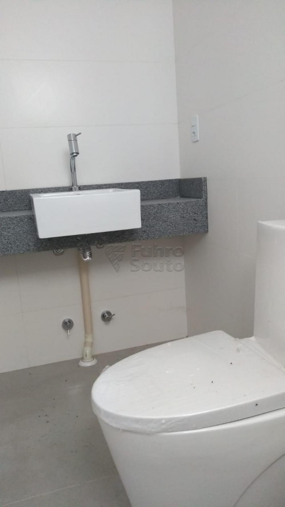 Comprar Apartamento / Padrão em Pelotas R$ 270.000,00 - Foto 13