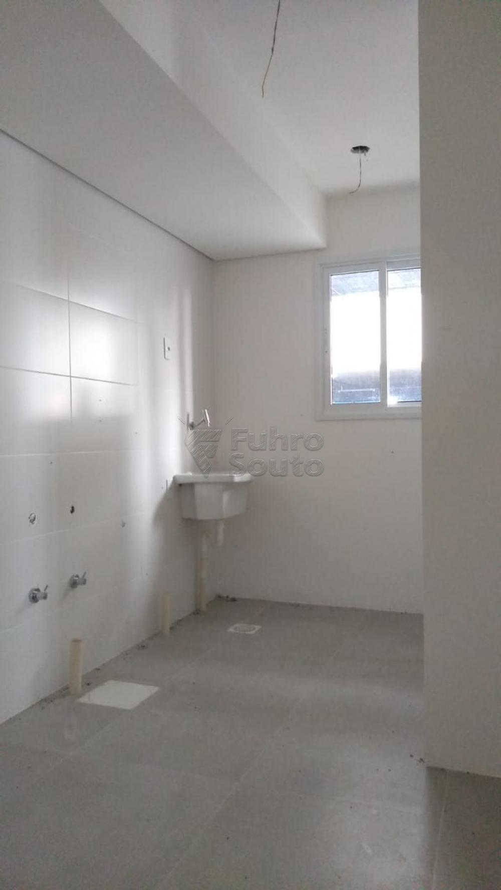 Comprar Apartamento / Padrão em Pelotas R$ 270.000,00 - Foto 16