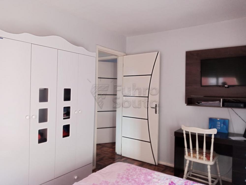 Comprar Apartamento / Padrão em Pelotas R$ 179.000,00 - Foto 5