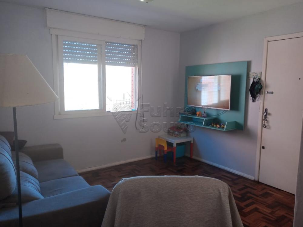 Comprar Apartamento / Padrão em Pelotas R$ 179.000,00 - Foto 1