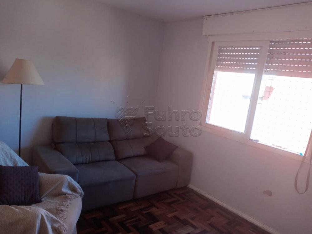 Comprar Apartamento / Padrão em Pelotas R$ 179.000,00 - Foto 2