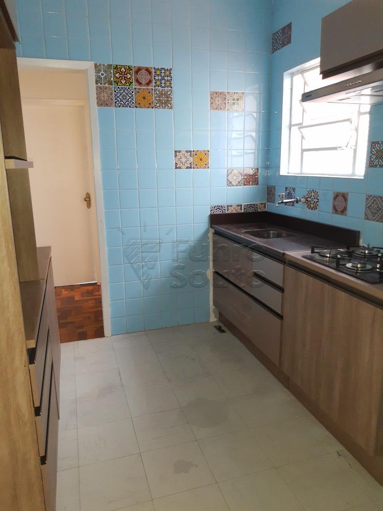 Alugar Apartamento / Padrão em Pelotas R$ 1.000,00 - Foto 11