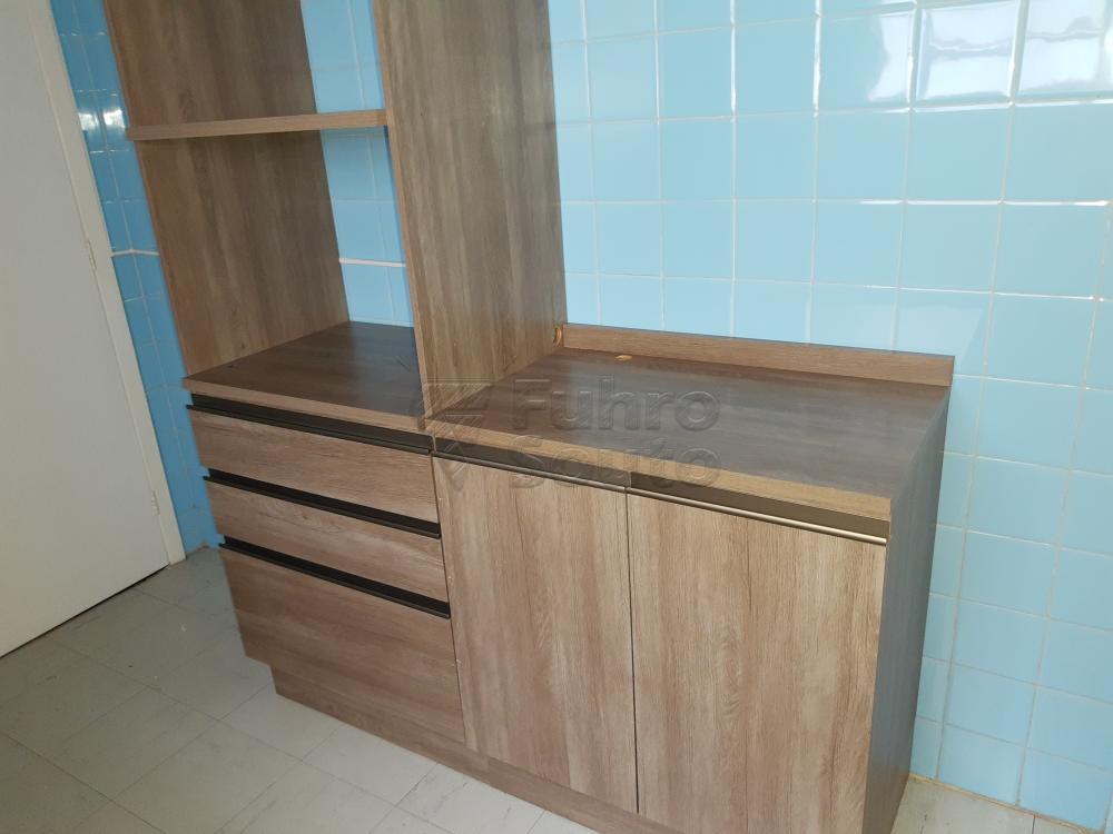 Alugar Apartamento / Padrão em Pelotas R$ 1.000,00 - Foto 12
