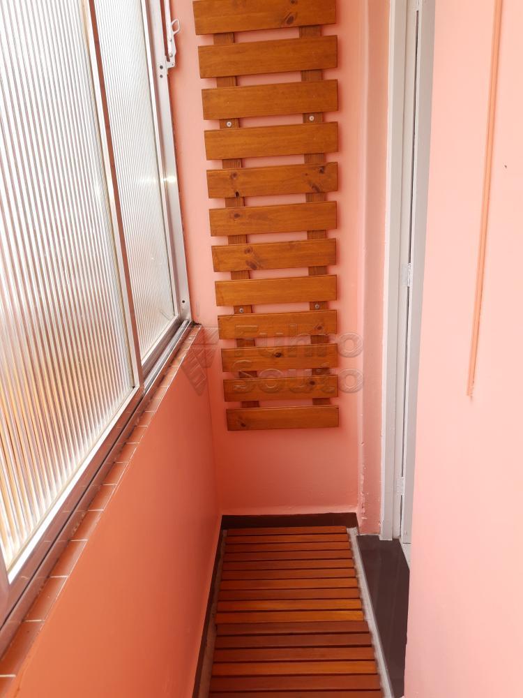 Alugar Apartamento / Padrão em Pelotas R$ 1.000,00 - Foto 18