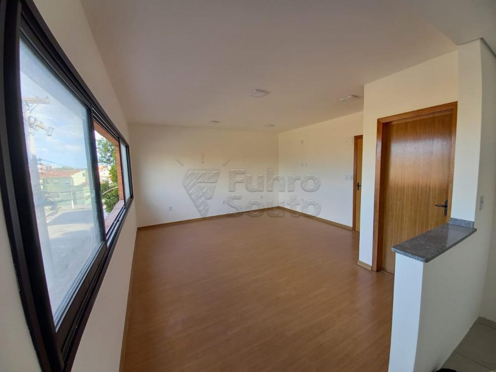 Alugar Apartamento / Loft / Studio em Pelotas R$ 800,00 - Foto 3