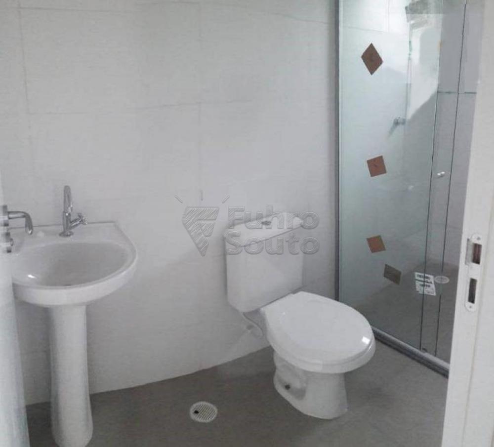 Alugar Apartamento / Loft / Studio em Pelotas R$ 750,00 - Foto 5