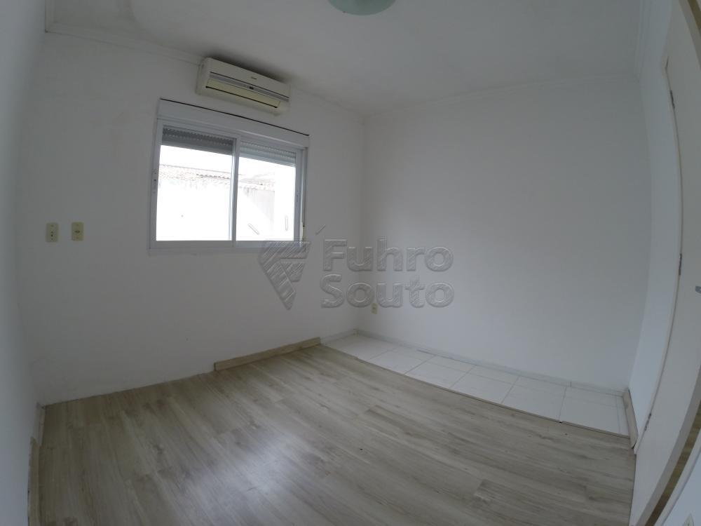 Comprar Casa / Condomínio em Pelotas R$ 350.000,00 - Foto 8