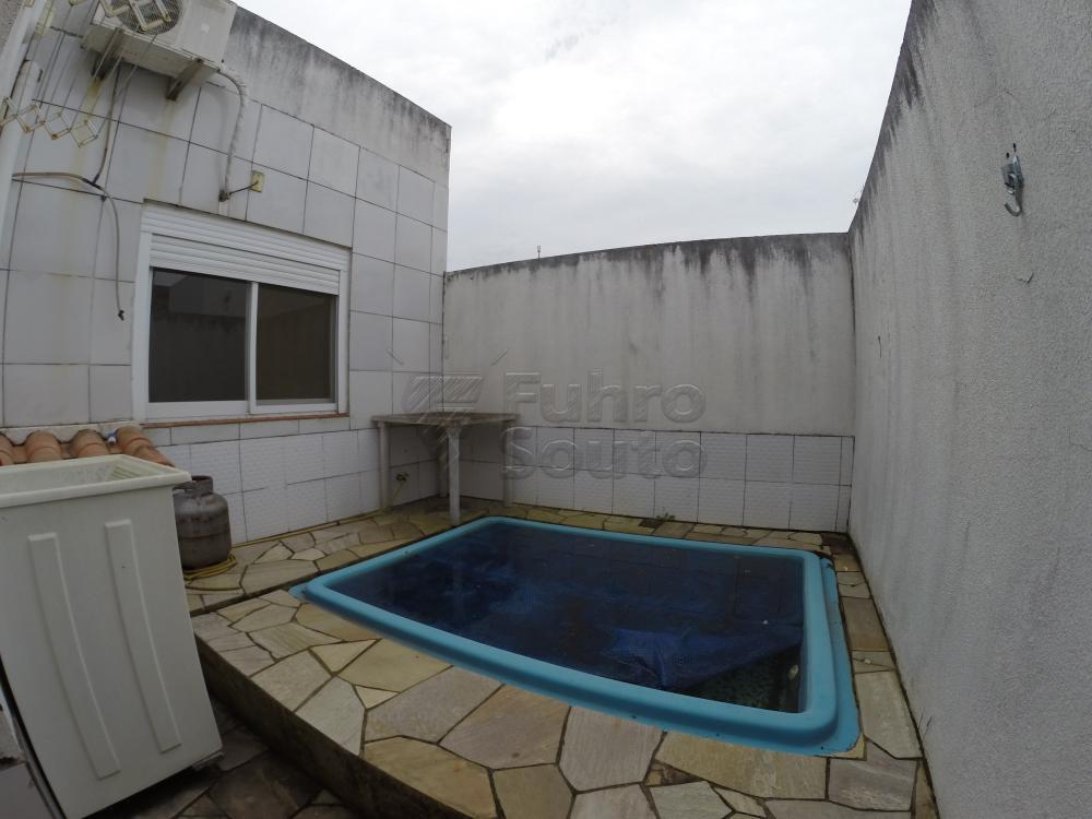 Comprar Casa / Condomínio em Pelotas R$ 350.000,00 - Foto 11