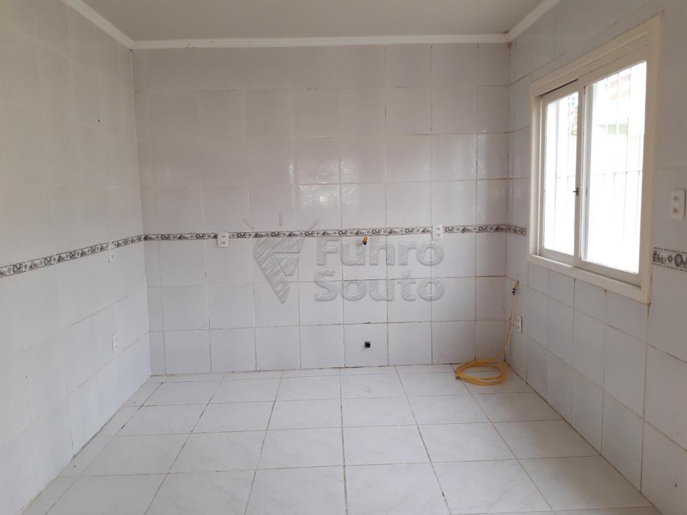 Alugar Casa / Padrão em Pelotas R$ 1.250,00 - Foto 12