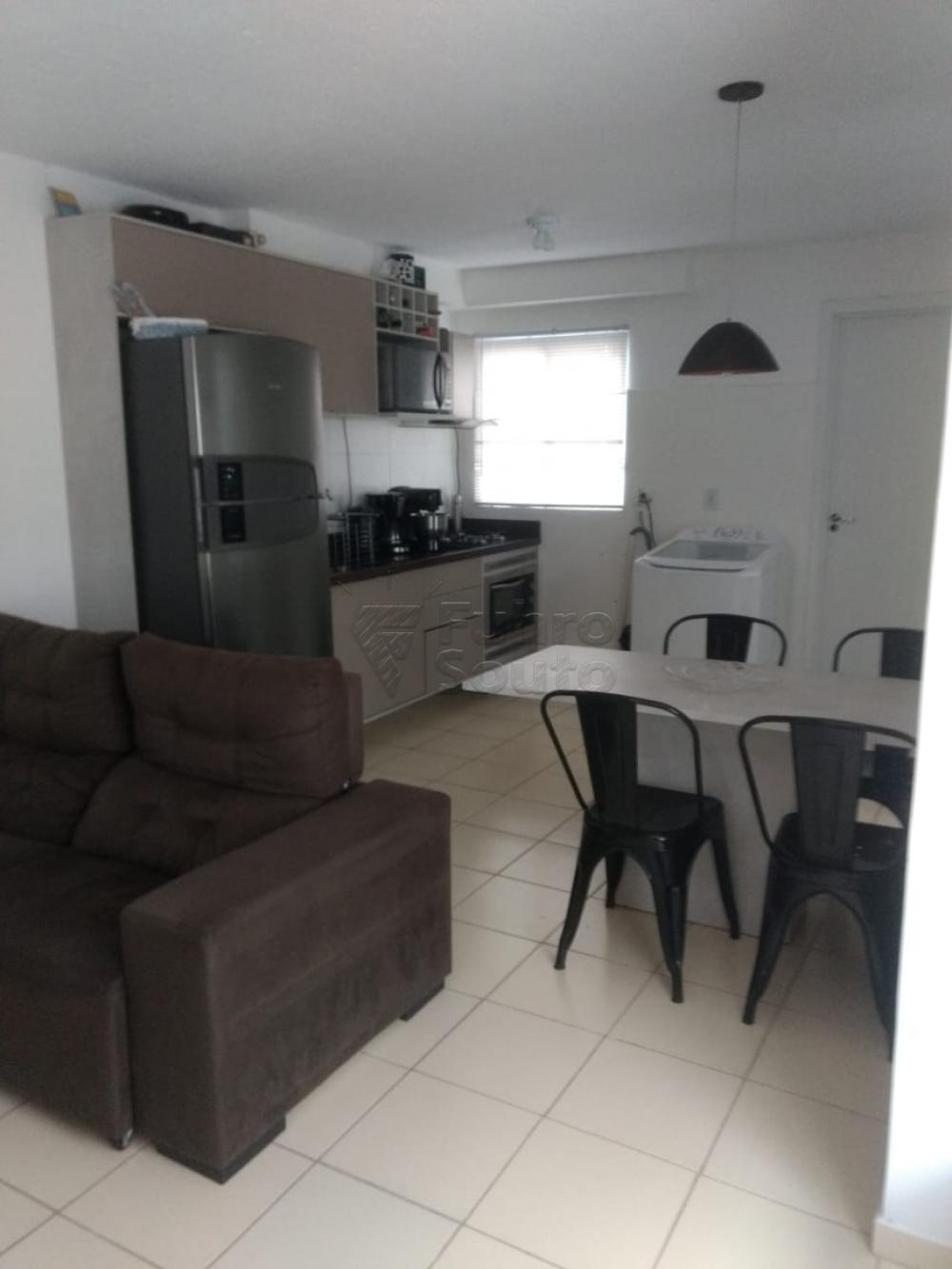 Comprar Apartamento / Padrão em Pelotas R$ 130.000,00 - Foto 4
