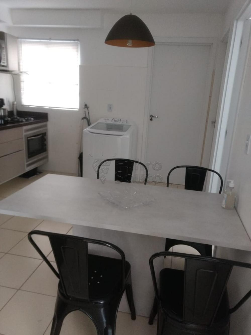 Comprar Apartamento / Padrão em Pelotas R$ 130.000,00 - Foto 6