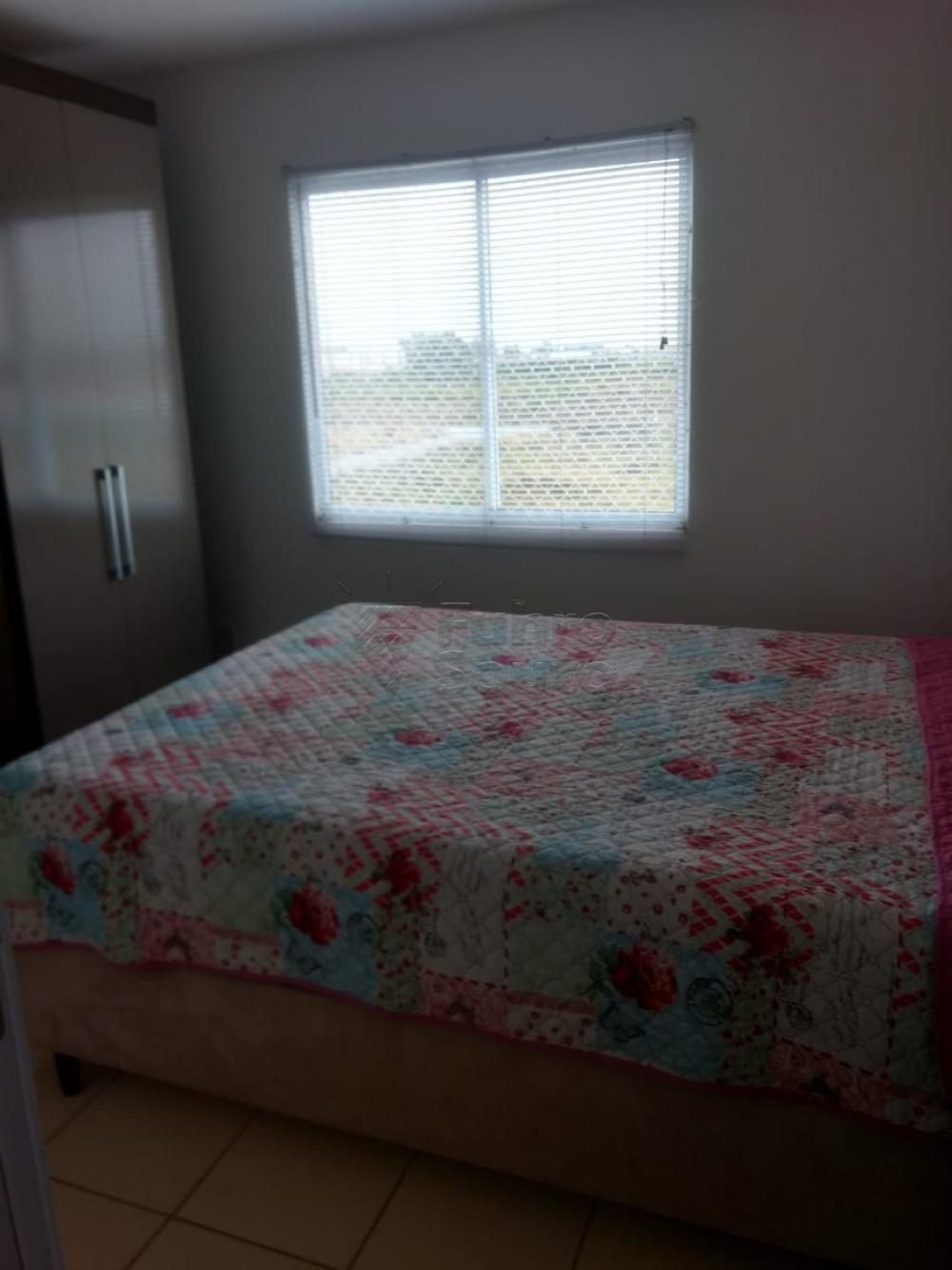 Comprar Apartamento / Padrão em Pelotas R$ 130.000,00 - Foto 12