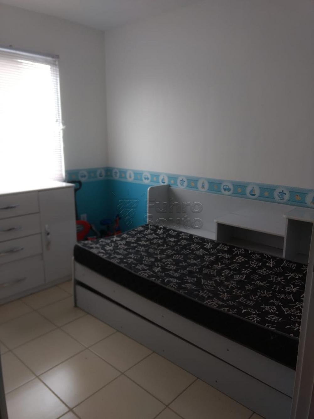 Comprar Apartamento / Padrão em Pelotas R$ 130.000,00 - Foto 13