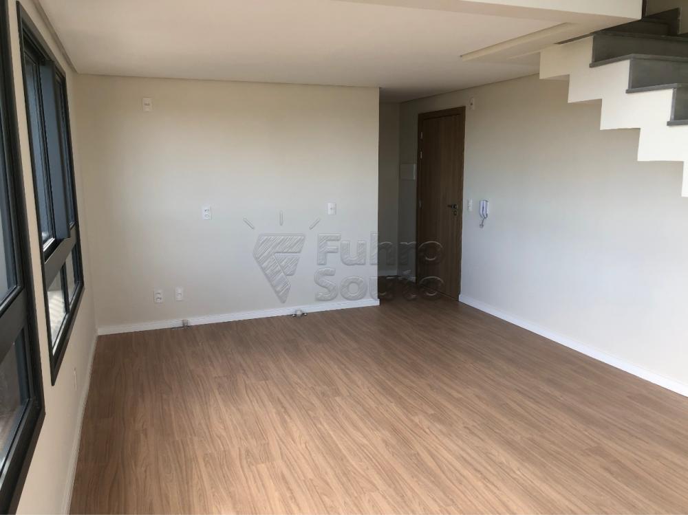Comprar Apartamento / Padrão em Pelotas R$ 530.000,00 - Foto 4