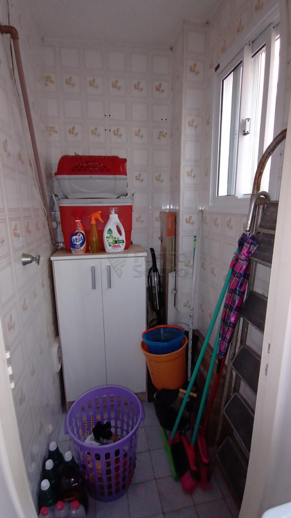Comprar Apartamento / Padrão em Pelotas R$ 290.000,00 - Foto 11