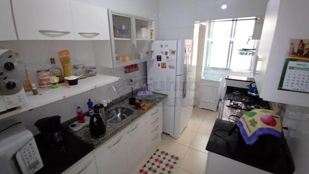 Comprar Apartamento / Padrão em Pelotas R$ 290.000,00 - Foto 7