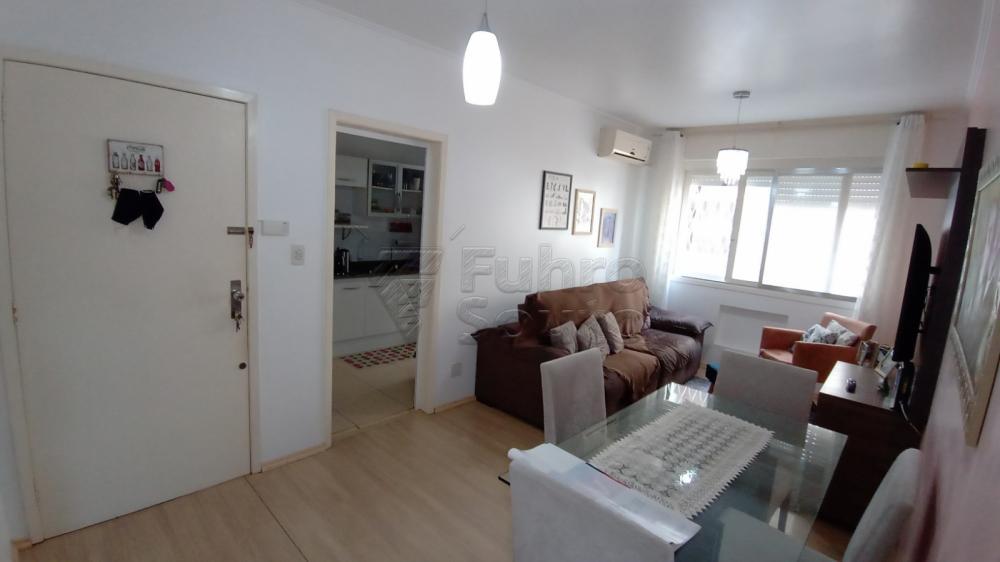 Comprar Apartamento / Padrão em Pelotas R$ 290.000,00 - Foto 3