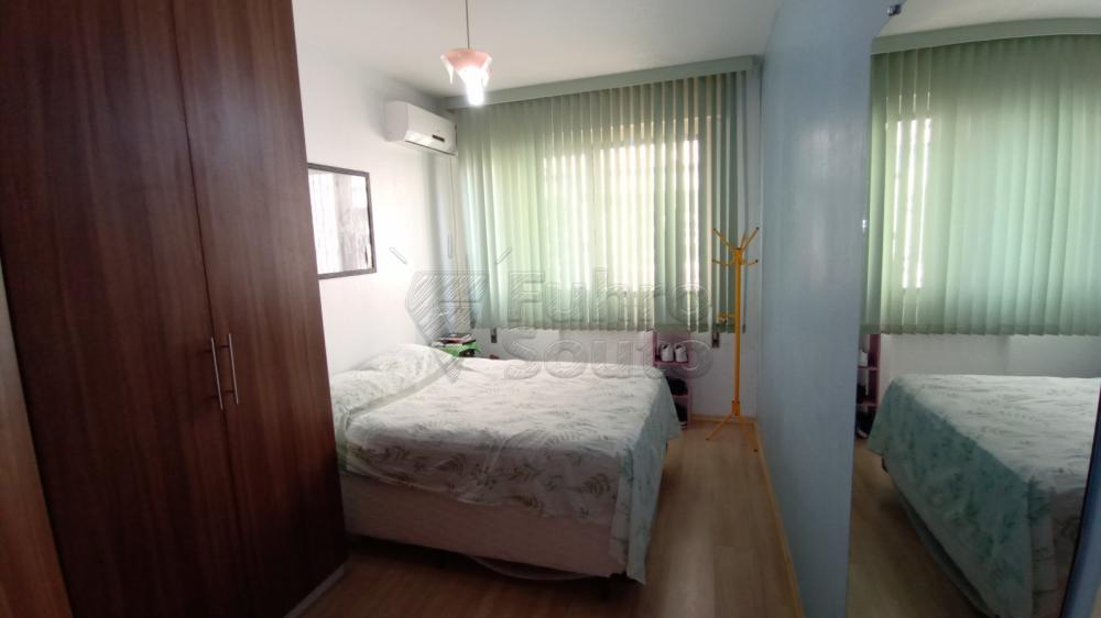 Comprar Apartamento / Padrão em Pelotas R$ 290.000,00 - Foto 8