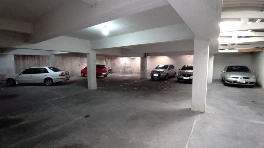 Comprar Apartamento / Padrão em Pelotas R$ 290.000,00 - Foto 13