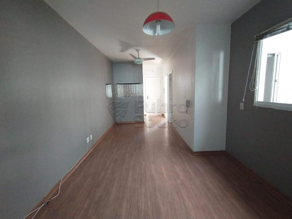 Comprar Casa / Condomínio em Pelotas R$ 180.000,00 - Foto 1