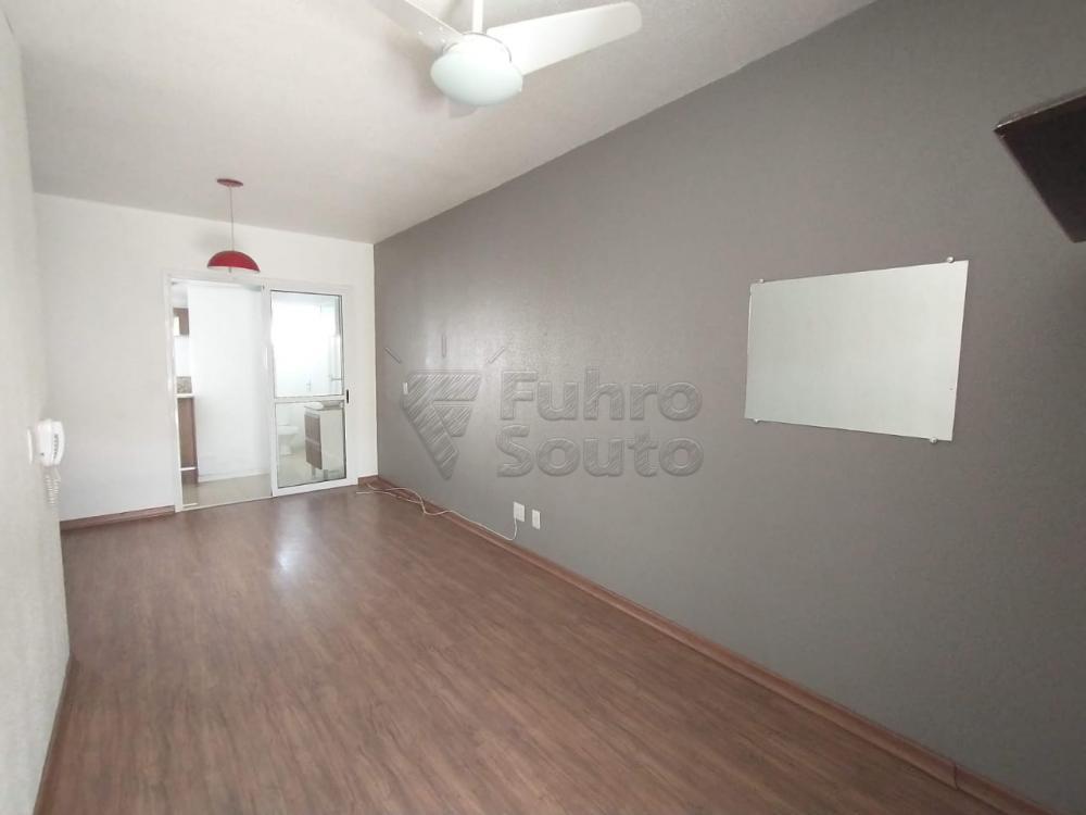 Comprar Casa / Condomínio em Pelotas R$ 180.000,00 - Foto 3