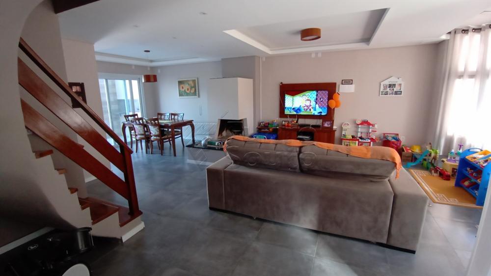 Comprar Casa / Padrão em Pelotas R$ 850.000,00 - Foto 1