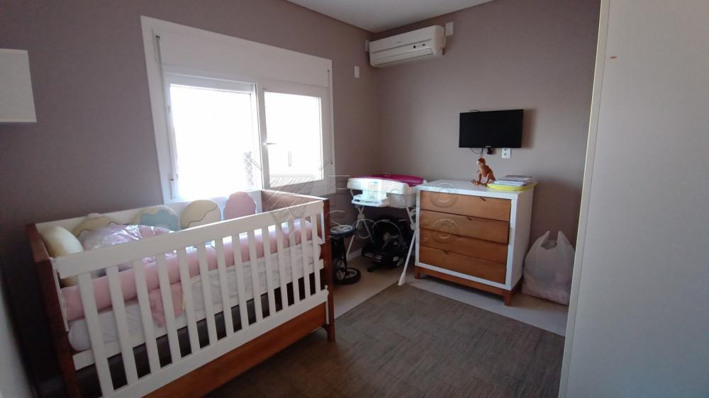 Comprar Casa / Padrão em Pelotas R$ 850.000,00 - Foto 11